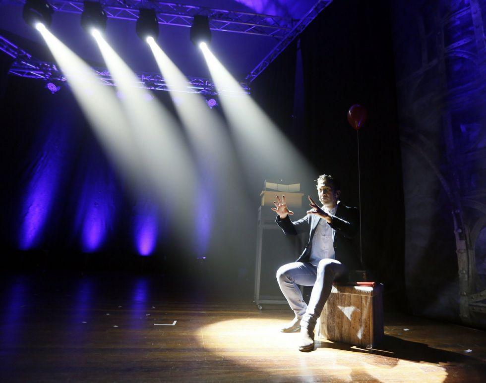 El mago, durante de sus últimas actuaciones
