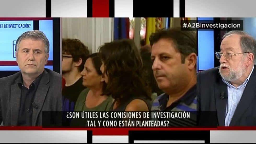 Protesta de las víctimas de Angrois ante el ministro de Fomento y la comisaria de la UE.Alexandra Fernández, en el Congreso