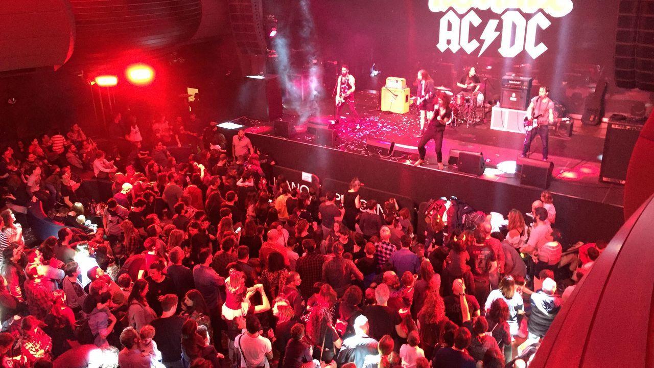 CONCIERTO ROCK EN FAMILIA ESPECIAL AC/DC