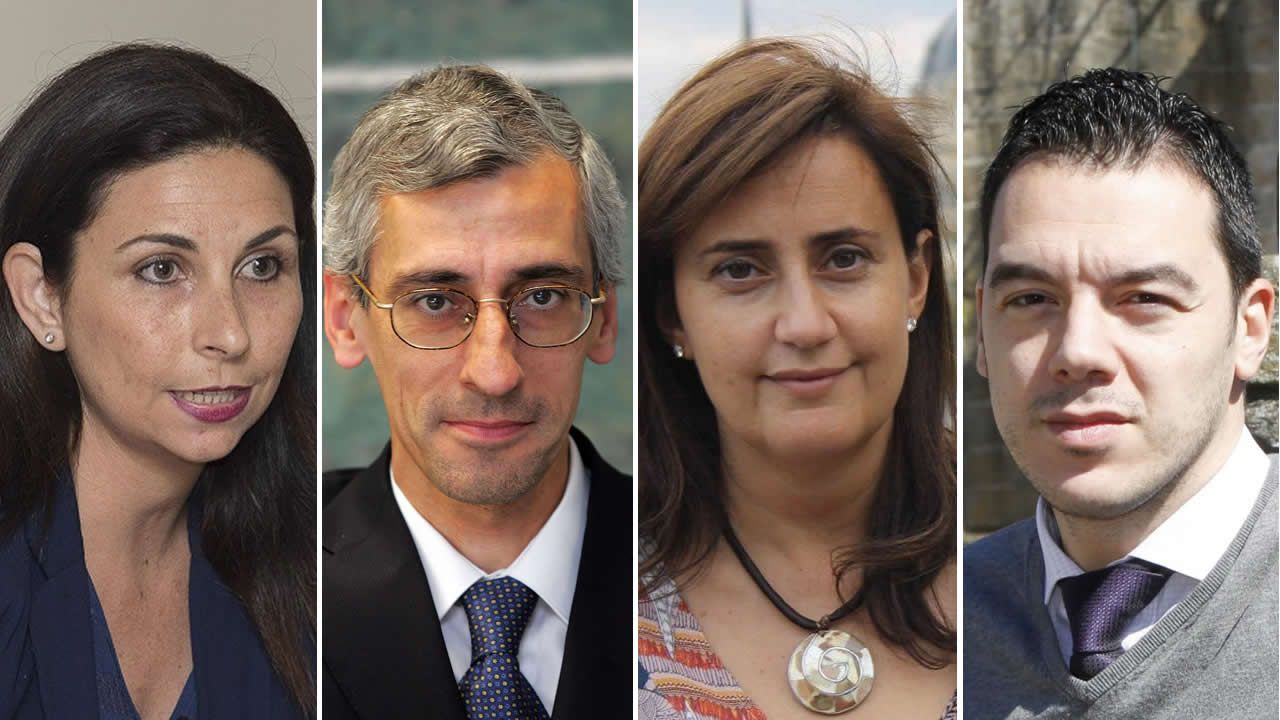 De izquierda a derecha, Astrid Barrio, politóloga; Carlos Barrera, analista político; Beatriz Acha, politóloga; y Santiago Martínez, consultor político