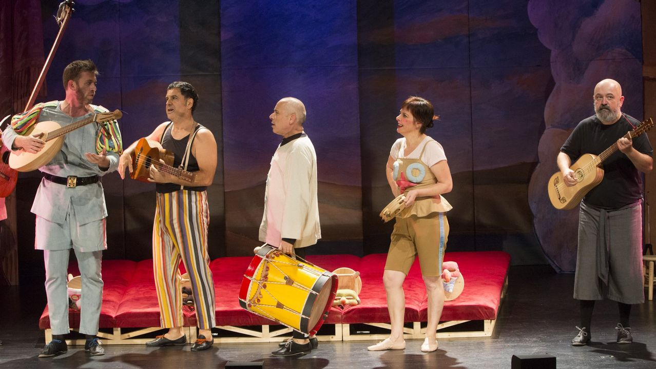 Un paseo por la ruta termal del Miño.Contra Produccións pone en escena el espectáculo de teatro clásico «Commedia»