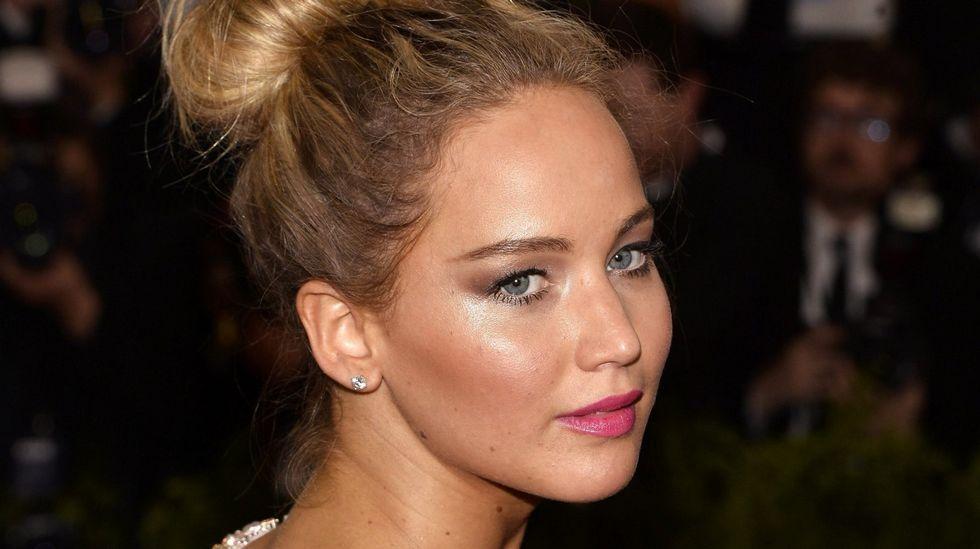 Jennifer Lawrence denuncia la brecha salarial.Los actores Anna Faris y Anthony Mackie, anuncian las nominaciones.