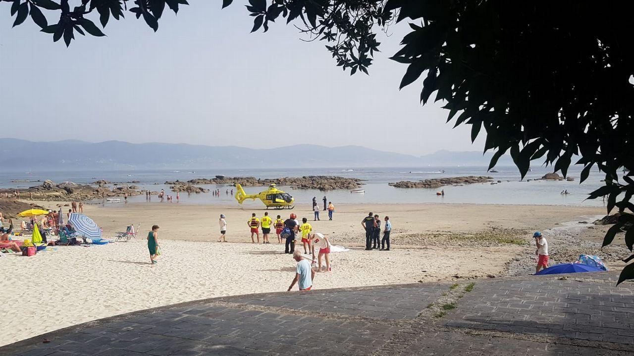 Muere de un infarto en una playa de Sanxenxo.
