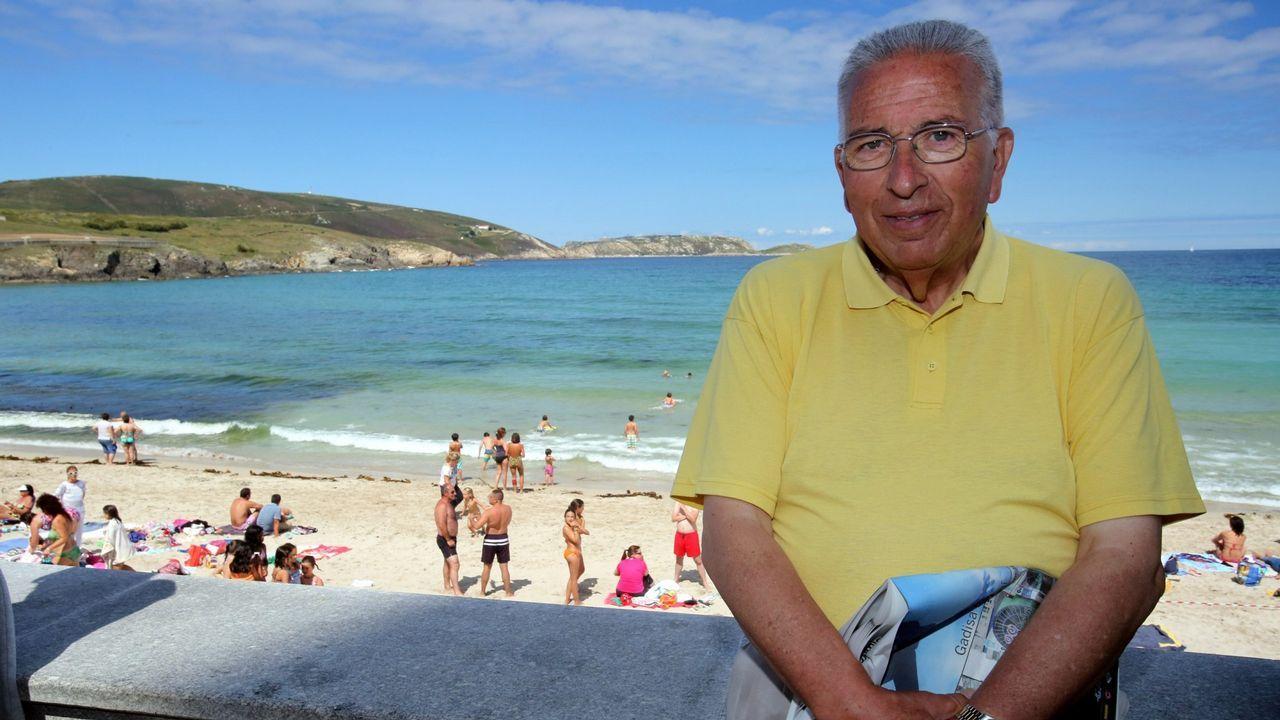 Feijoo hace parada de nuevo en la Costa da Morte.Suso Villar, presidente de Afaber, explicaba recientemente la necesidad de encontrar un local mas grande para que la entidad pueda prestar servicio