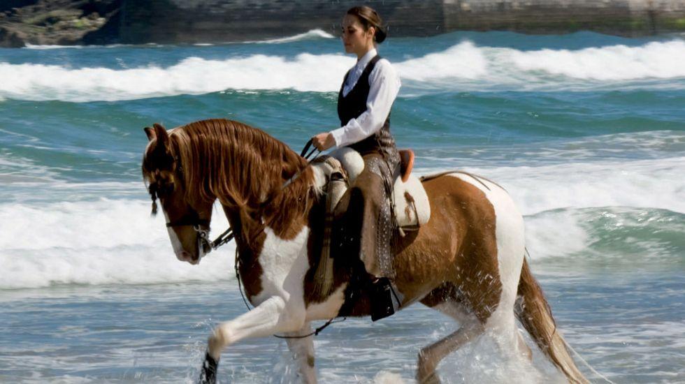 .Imagen promocional de las carreras de caballos de Ribadesella