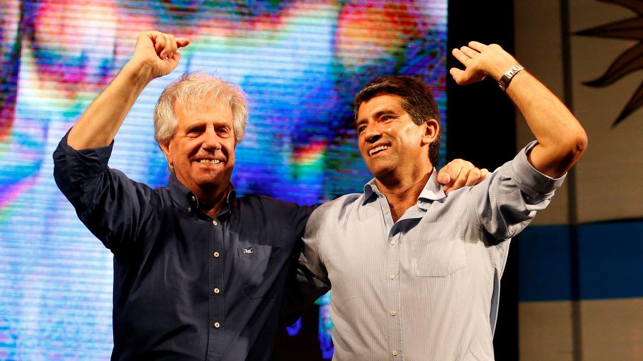 .Raúl Sendic (derecha).