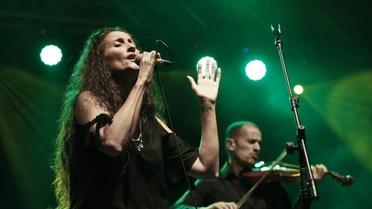 Acto na honra de Rosalía en Pontevedra.MJ Pérez, nun concerto en Carballo