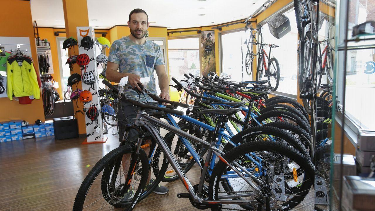 El Día da Bicicleta celebró sus bodas de plata con Carballo
