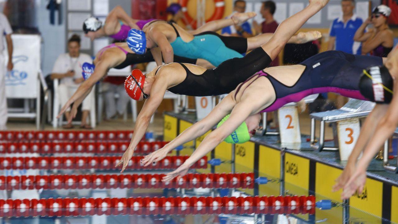 Vilas y Peleteiro, en una foto de archivo..Bea Gómez, en el Campeonato Gallego de Natación del 2017