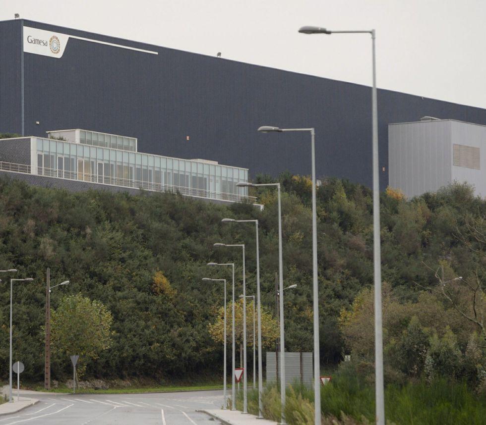 En la planta de As Somozas se fabrican dos tipos de palas.