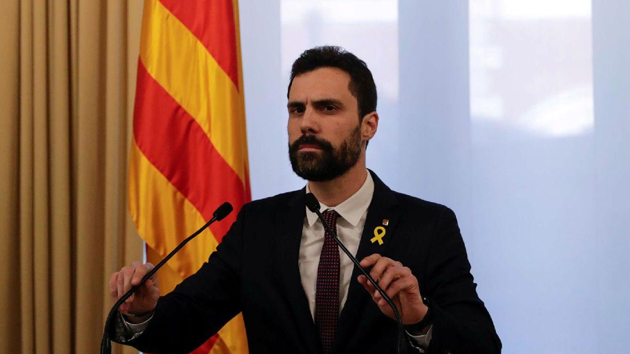 Torrent suspende la investidura de Puigdemont «hasta que pueda celebrarse un debate con garantías».