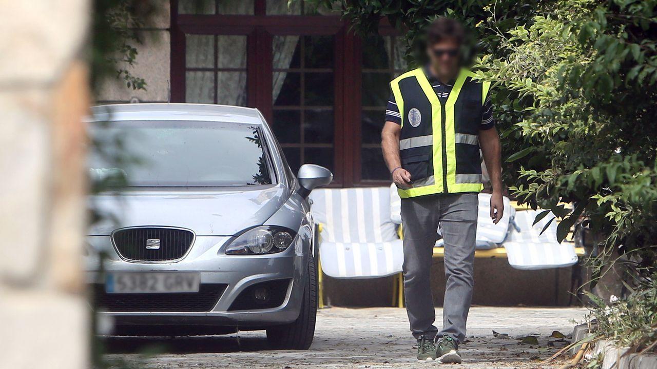 La Policía Nacional registra la casa de Charlín