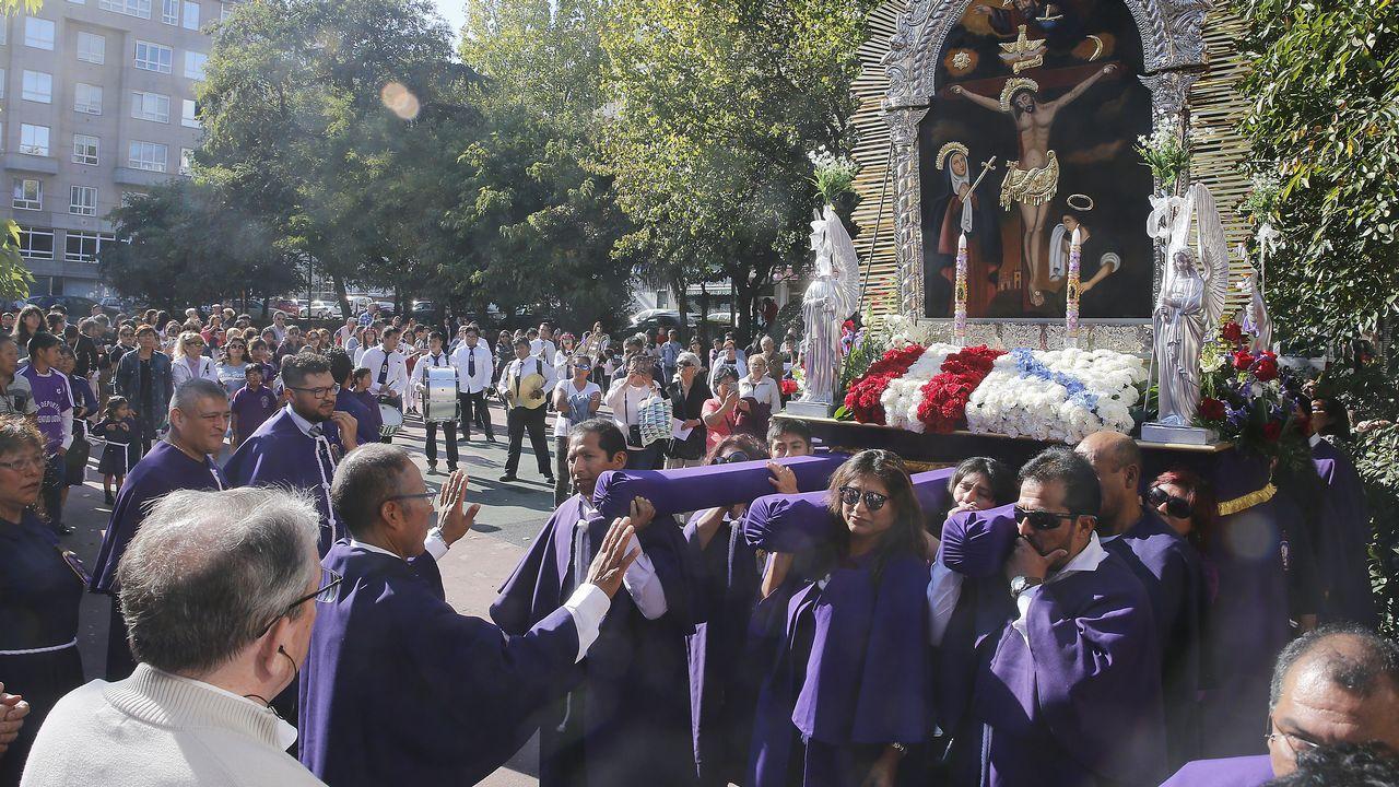 PROCESIÓN DEL SEÑOR DE LOS MILAGROS EN SAN ROSENDO