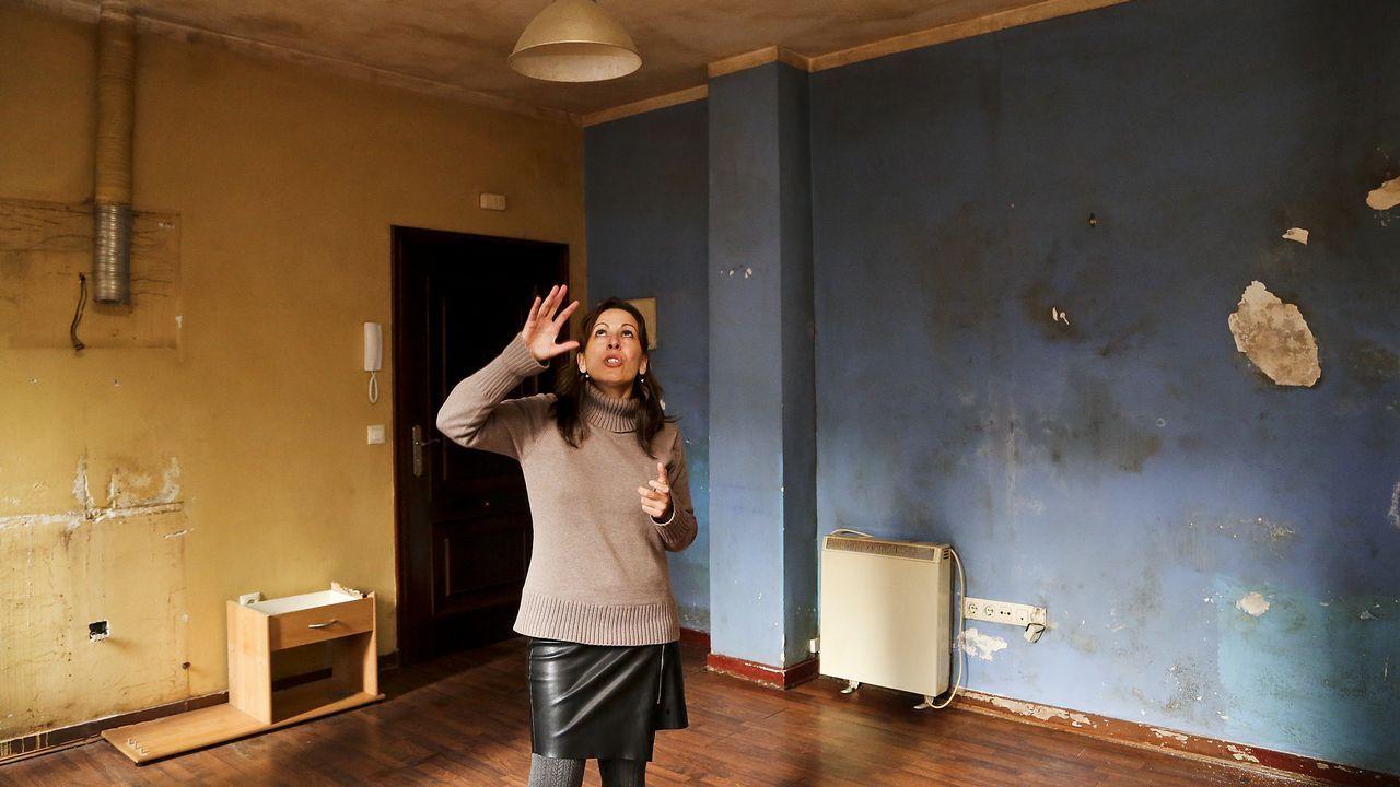 El deterioro del cine Vigo causa filtraciones de agua a los vecinos.