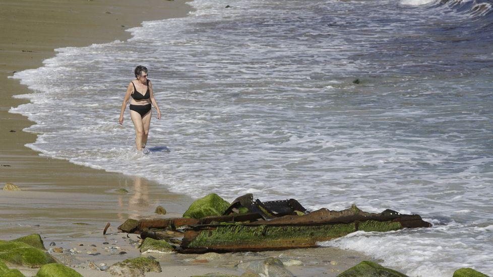 Playa de Retorta, en Boiro.Playa de O Reiro, en Arteixo