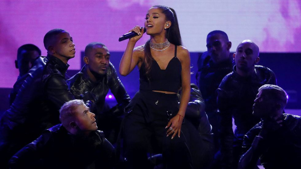 Ariana Grande interpretó a «Dangerous Woman»