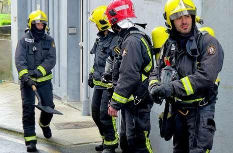 Bomberos de Monforte y Chantada en el incendio del 1 de abril en Ferreira de Pantón