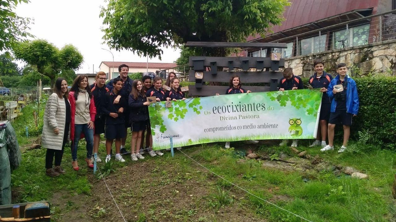 .Los ecovigilantes del colegio de las Franciscanas de Ourense