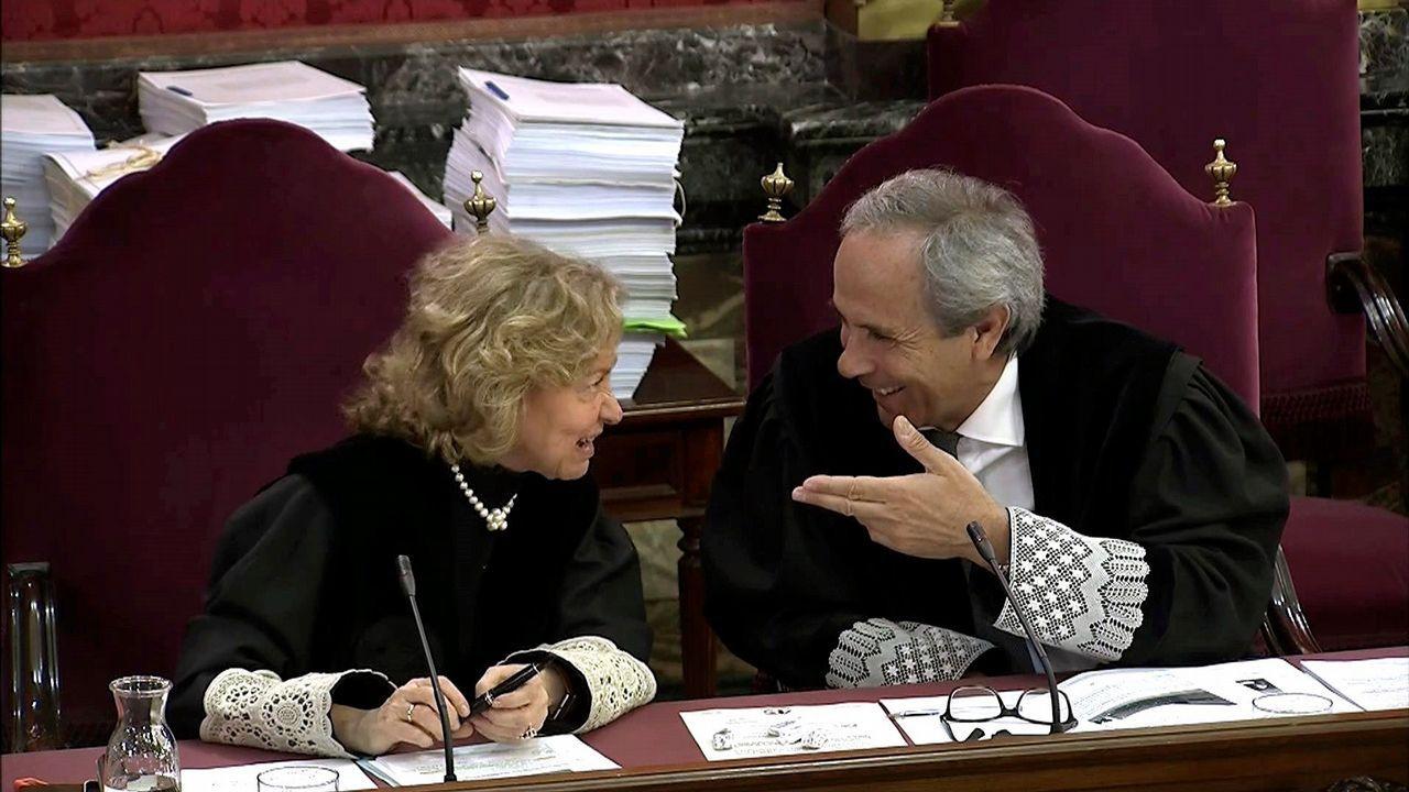 Chavela.Los fiscales Madrigal y Moreno conversan en el juicio por el 1-0