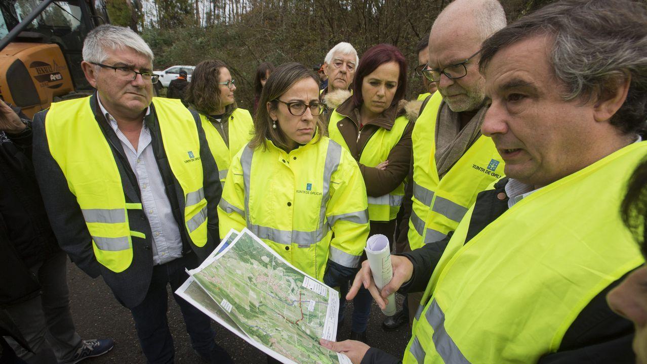 La conselleira de Infraestructuras visita las zonas afectadas por las riadas