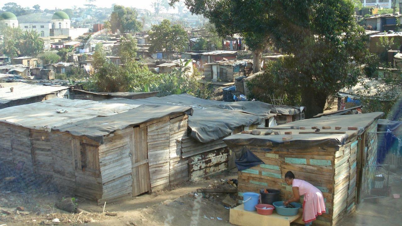 «En tres meses nos quedamos sin nada, tuvimos que pedir ayuda».Poñer fin á pobreza é o primeiro obxectivo de desenvolvemento sostible da Axenda 2030