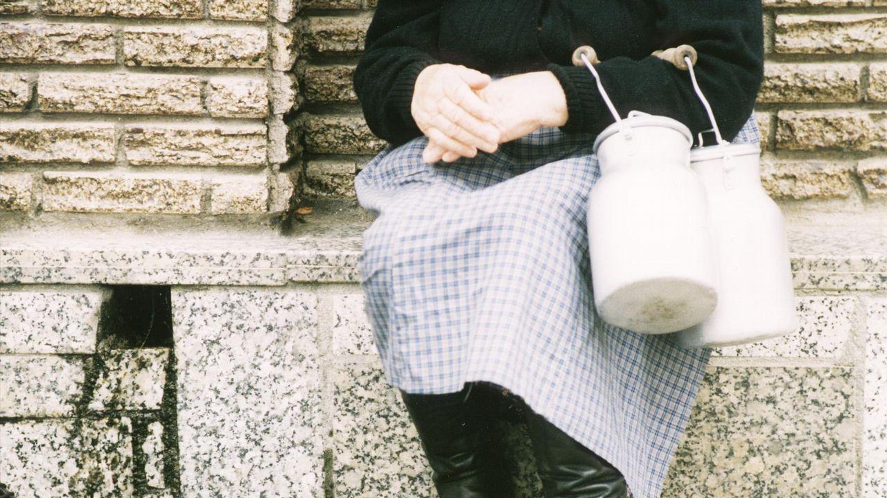 1978 | Litro de leche, precio controlado por el Gobierno: 20 pesetas (0,12 euros)