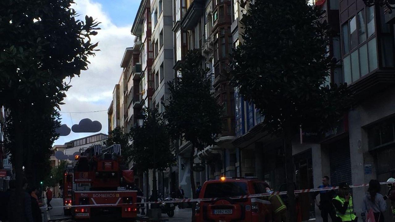 «Tiene hasta las marcas pintadas en el cuerpo para hacerle la autopsia».Incendio en la calle del Rosal de Oviedo