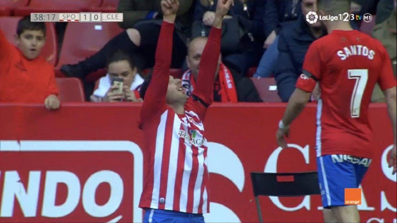 Jony le dedica su gol a Enrique Castro Quini