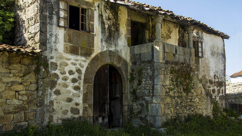 Casa Grande de Galegos, en la parroquia de San Vicente de Castillón, en Pantón