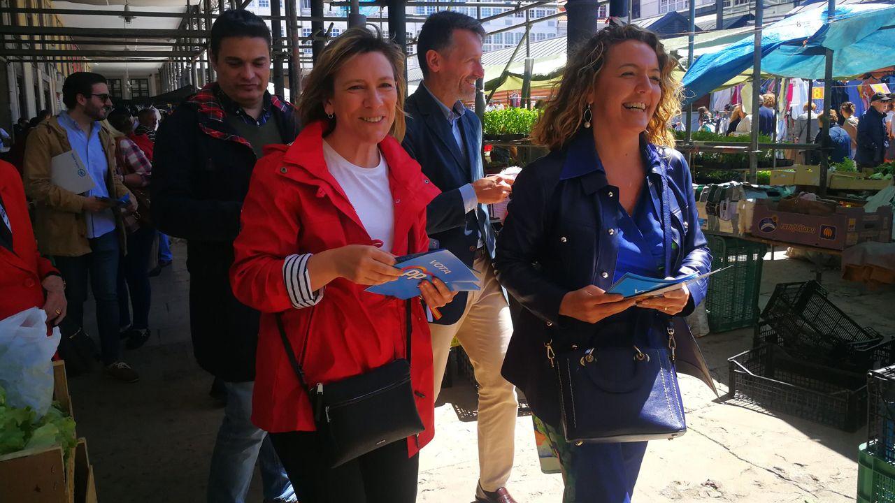 Mallada se va de mercado por Avilés.Oposición de celadores en Gijón