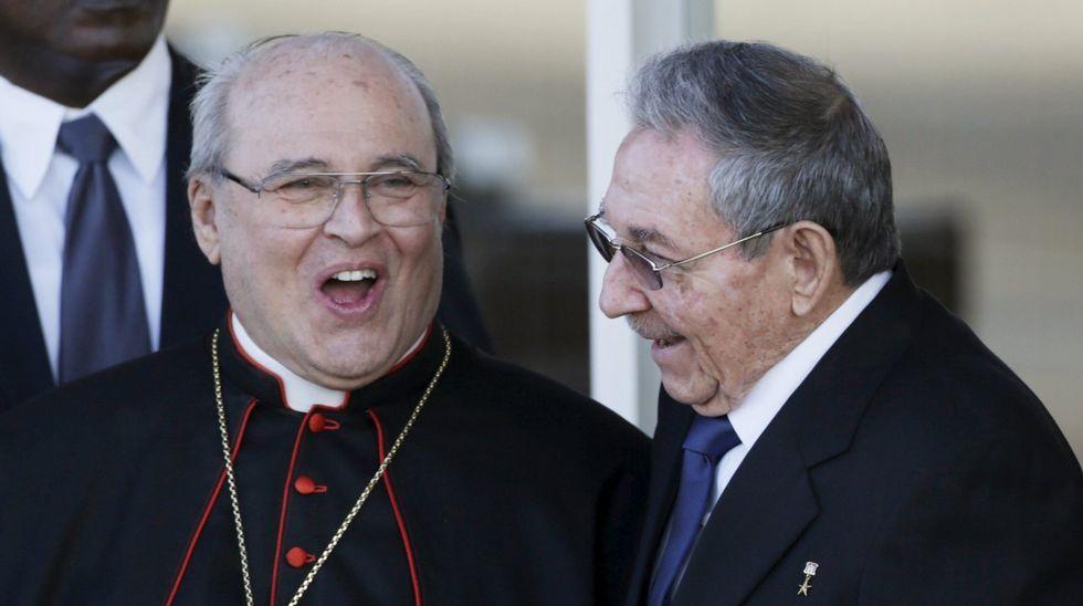 Jaime Ortega, junto al presidente cubano Raúl Castro
