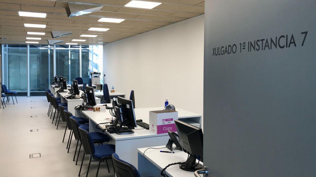 Imagen de archivo de una oficina de Abanca en A Coruña
