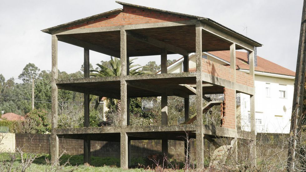 Obra paralizada en San Tirso de Mabegondo.