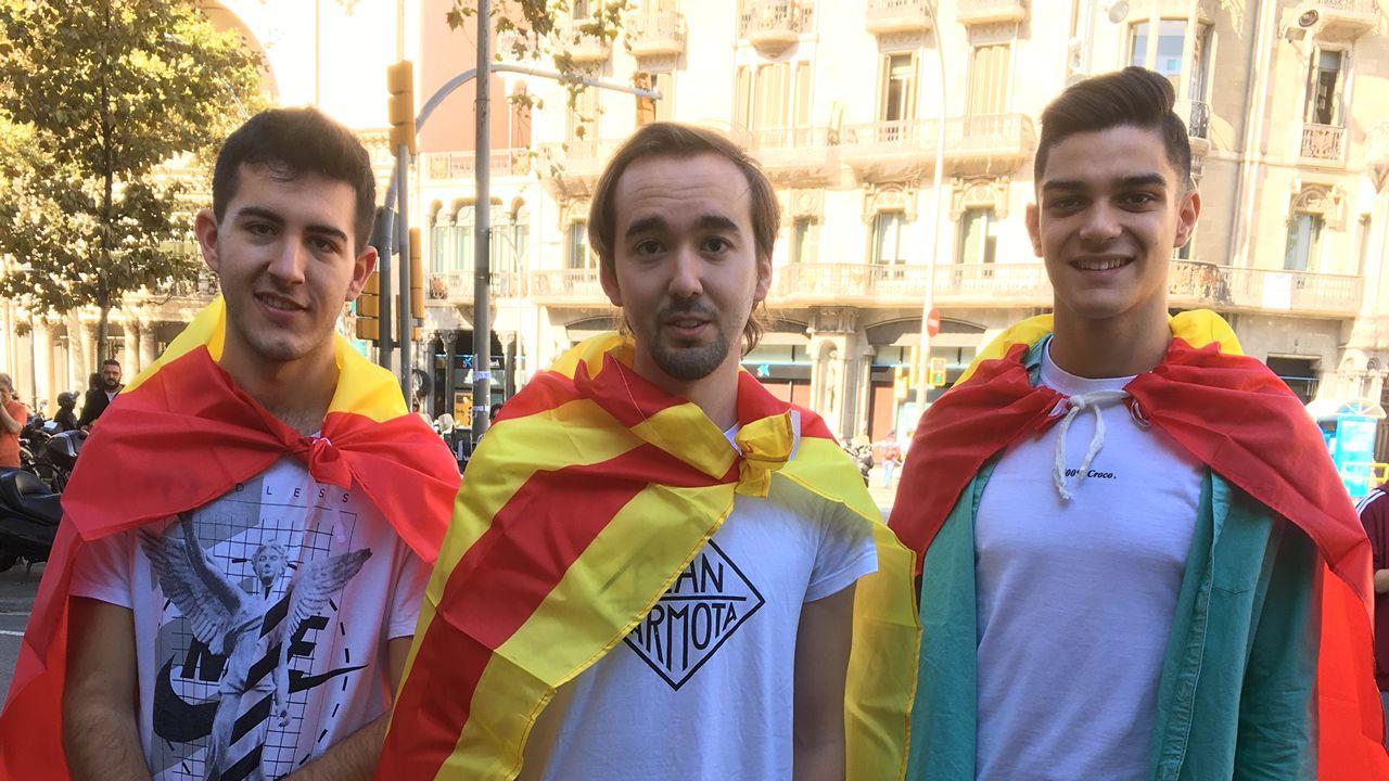 Álvaro, Álex y Juan. Ibiza, Jaén y A Coruña.