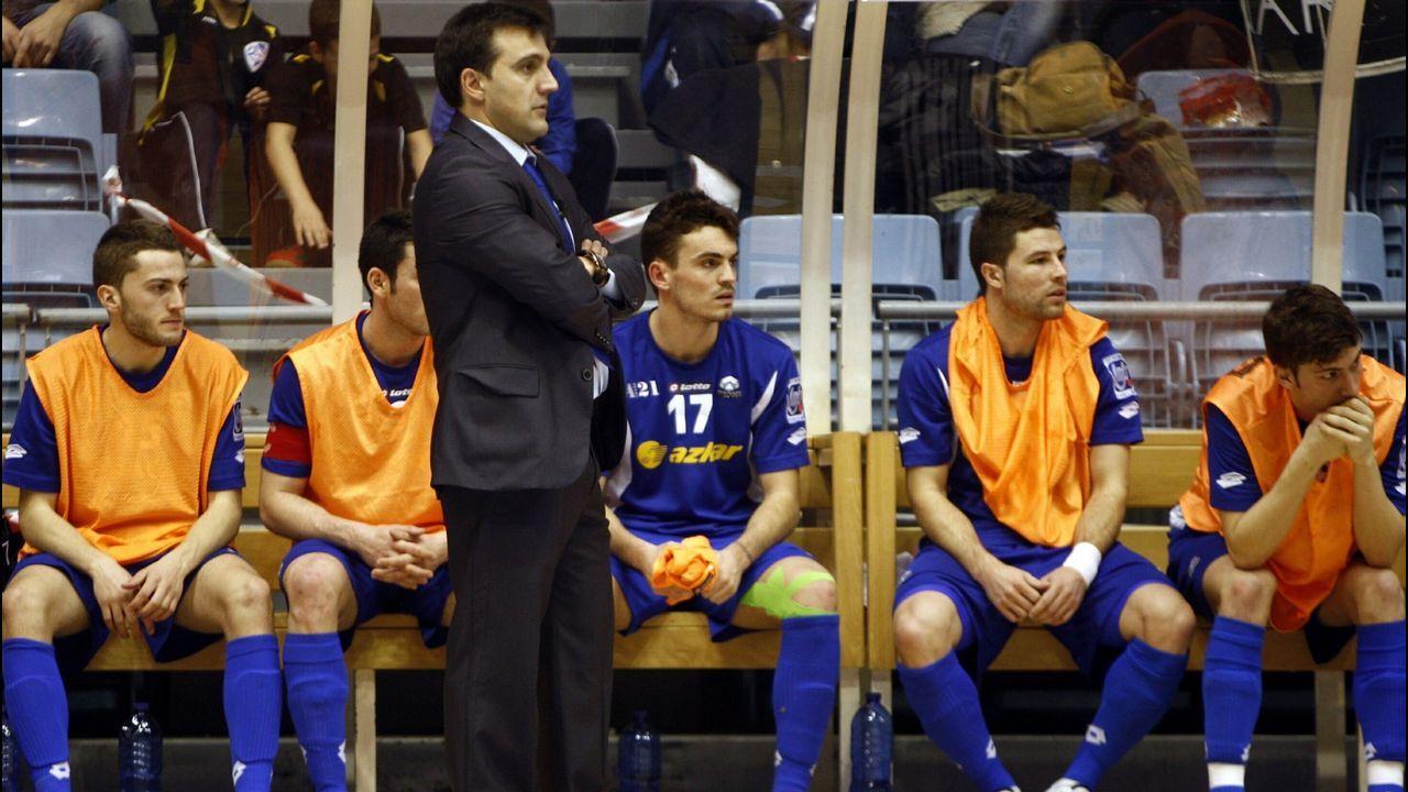 García, en el 2011, durante su etapa como técnico del Azkar de Lugo