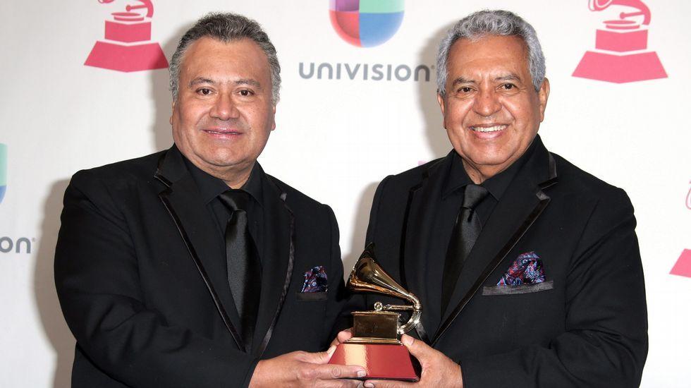 Mejor Álbum Tropical Tradiciona: Arturo Ortiz y Antonio Toño Méndez, de la orquesta Sonora