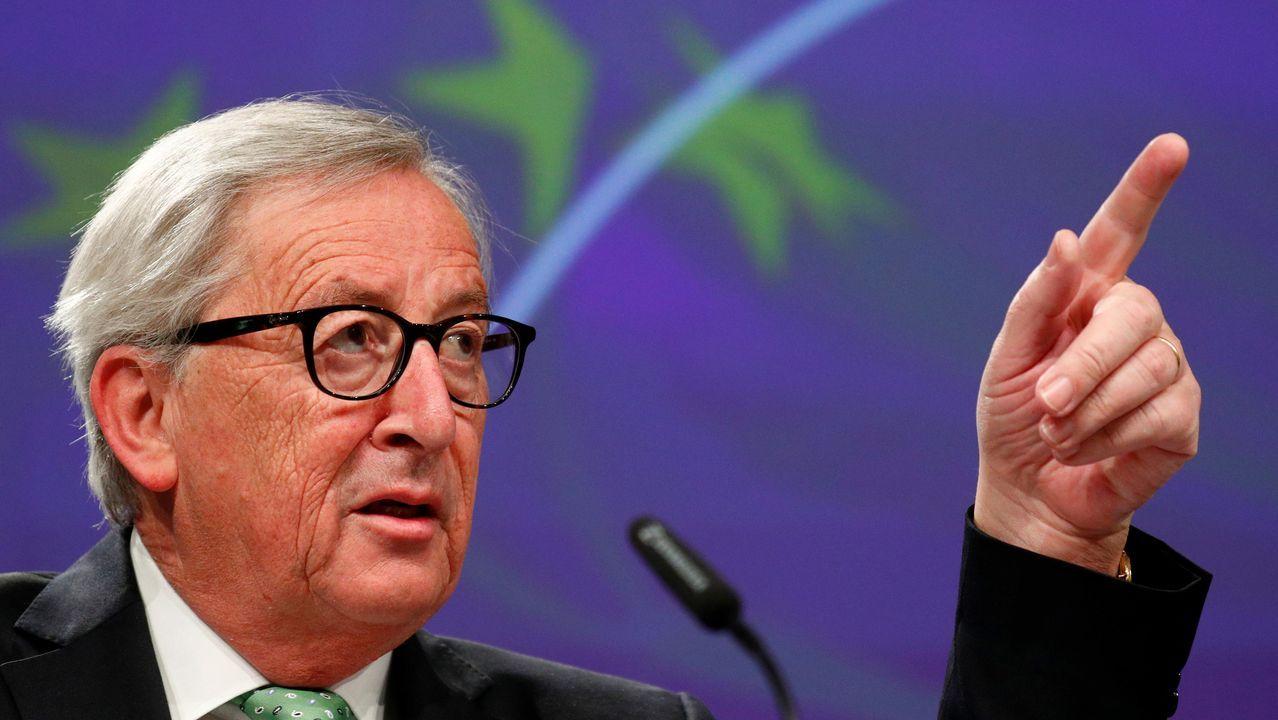 Theresa May anuncia su dimisión.Jean Claude Juncker, durante la conferencia de prensa en Bruselas