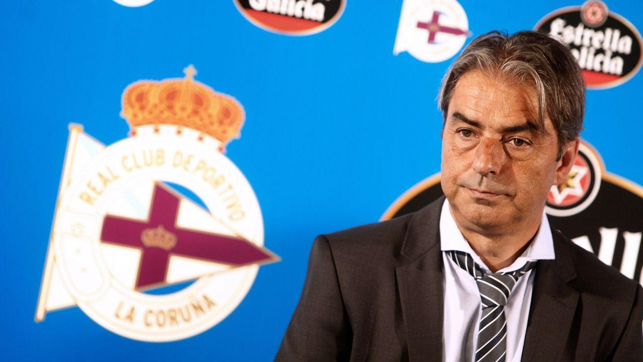 Anquela Almeria Real Oviedo Carlos Tartiere.Anquela, durante el encuentro frente al Almeria